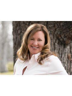 Jennifer Garrett of CENTURY 21 Community Realty