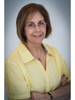 Laureen Lopacki of CENTURY 21 Coventry Real Estate