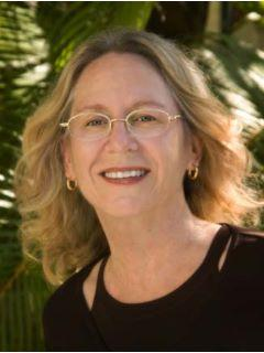 Linda Perloff