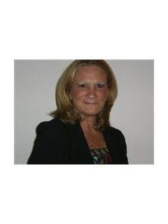 Sandra Lewandowski of CENTURY 21 Herrick Real Estate