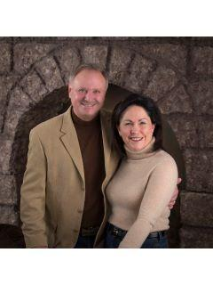 Jim & Joyce Northwoods Home Team of CENTURY 21 Burkett & Associates