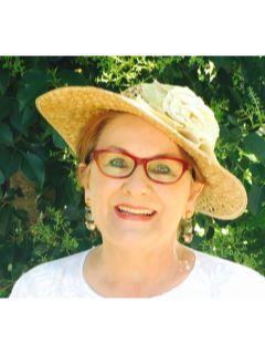 Cynthia Thomas of CENTURY 21 The Hills Realty