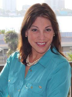 Julie E. Drolshagen