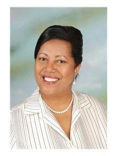 Cherrieann Diaz of CENTURY 21 All Islands