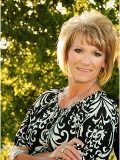 Angela Kasner of CENTURY 21 Sue Ann Denton, Inc.