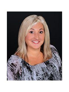 D'Ann Walley of CENTURY 21 A-One Realty