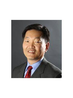 Steve Hwang of CENTURY 21 Amber Realty Inc.