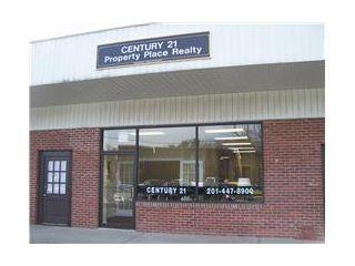 CENTURY 21 Property Place Realty
