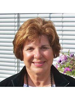 Claudia Rowland from CENTURY 21 Jim White & Associates