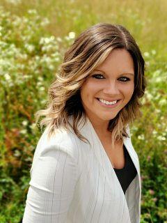 Lyndsey Bush Photo
