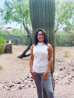 Michelle Borrelli of Arizona's Essential Realty Team Photo