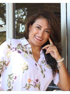 Elizabeth Valencia Photo