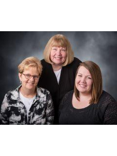 shelley crow linda harris team willmar mn real estate agents c21 kandi realty ltd