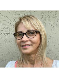 Monika Kedziora from CENTURY 21 ListSmart