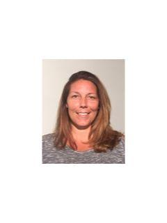 Allison Spinella from CENTURY 21 Guardian Realty