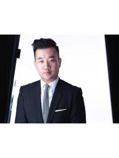 Tuan Ngo from CENTURY 21 Top Realty