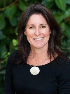 Michelle Borrelli of Arizona's Essential Realty Team Photo