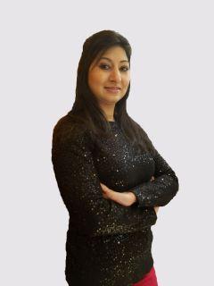 Shahida Nisar from CENTURY 21 Gentry Realtors