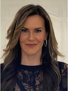 Karina Cosentino Photo