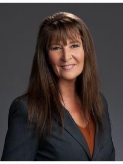 Julia Grett from CENTURY 21 Jim White & Associates