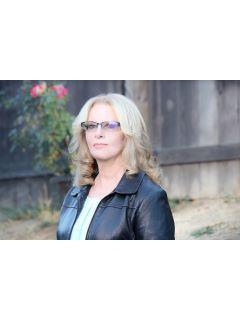 Linda Berg Photo