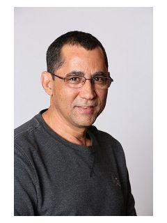 Mauro Silva of MG Group Photo