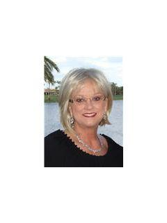 Rebecca Payne of The Payne Group from CENTURY 21 Flagstaff Realty