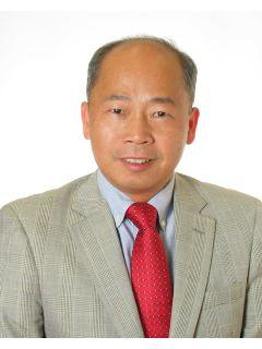 Raymond Lau of Elite Team Photo
