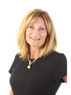 Christine Stultz of Property Pros Group Photo