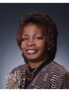 Janet Halliburton of The Gold Team Photo
