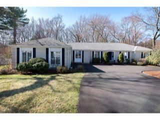 Property in Norwood, MA thumbnail 5