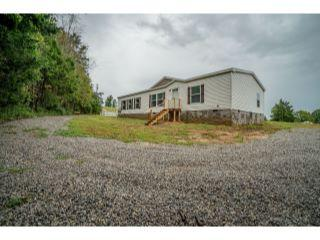 Property in Springfield, TN thumbnail 5