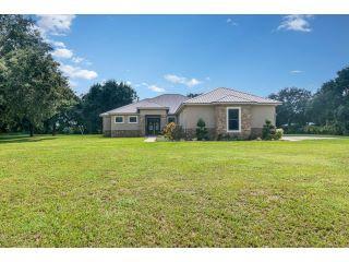 Property in Mims, FL thumbnail 2
