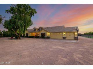 Property in San Tan Valley, AZ 85140 thumbnail 2