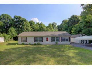 Property in Clarksville, TN thumbnail 3