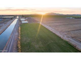 Property in Buckeye, AZ thumbnail 3