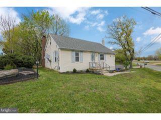 Property in Mullica Hill, NJ thumbnail 2