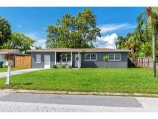 Property in Seminole, FL thumbnail 6