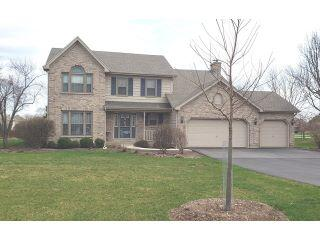 Property in Algonquin, IL 60102 thumbnail 0