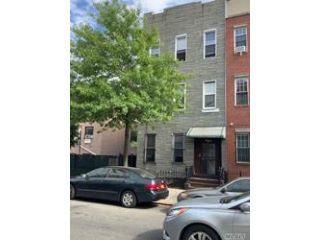 Property in Bed- Stuy, NY thumbnail 4