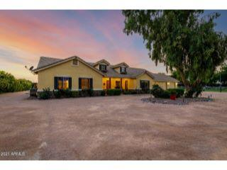 Property in San Tan Valley, AZ 85140 thumbnail 1