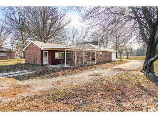 Property in Litchfield, IL thumbnail 2