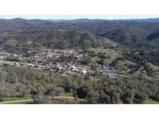 Property in Mariposa, CA thumbnail 3