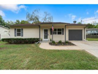 Property in Jackson, MO thumbnail 3