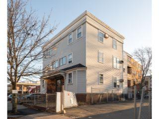 Property in Lynn, MA 01902 thumbnail 2