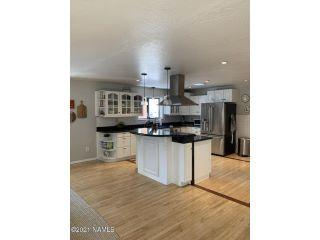 Property in Flagstaff, AZ 86005 thumbnail 2