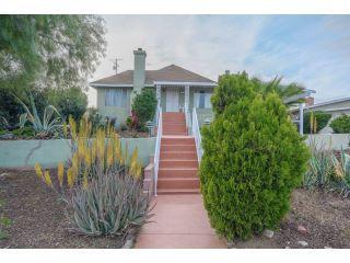 Property in Lake Elsinore, CA thumbnail 4