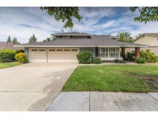 Property in Claremont, CA thumbnail 2