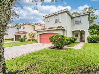 Property in Coconut Creek, FL thumbnail 1