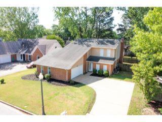 Property in Memphis, TN thumbnail 5